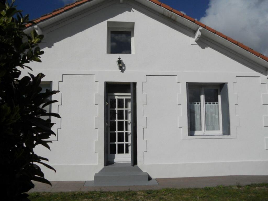 Achat Maison 8 pièces à Saint-Sulpice-de-Royan - vignette-6