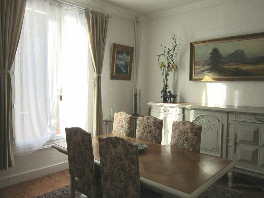 Achat Maison 8 pièces à Saint-Palais-sur-Mer - vignette-13