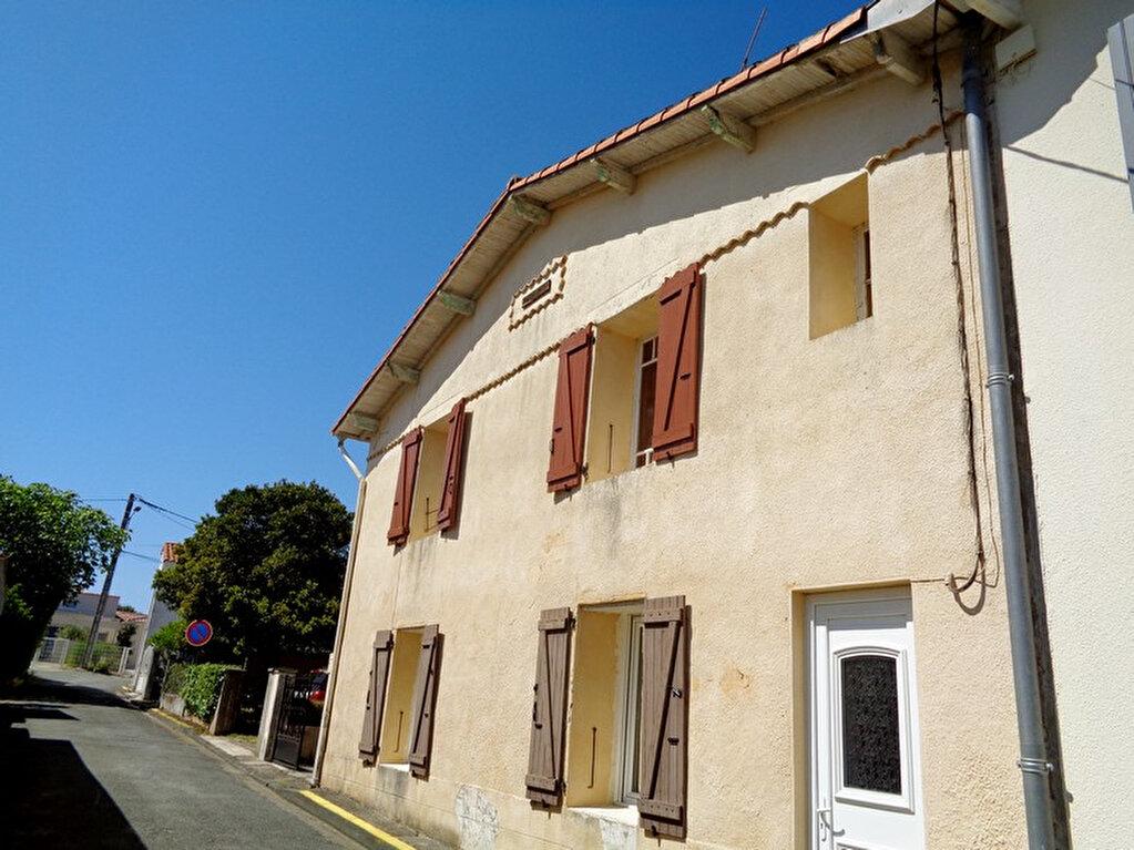 Achat Maison 8 pièces à Saint-Palais-sur-Mer - vignette-1