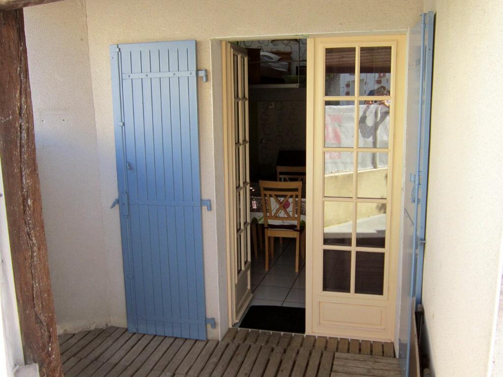 Achat Maison 3 pièces à Saint-Palais-sur-Mer - vignette-2