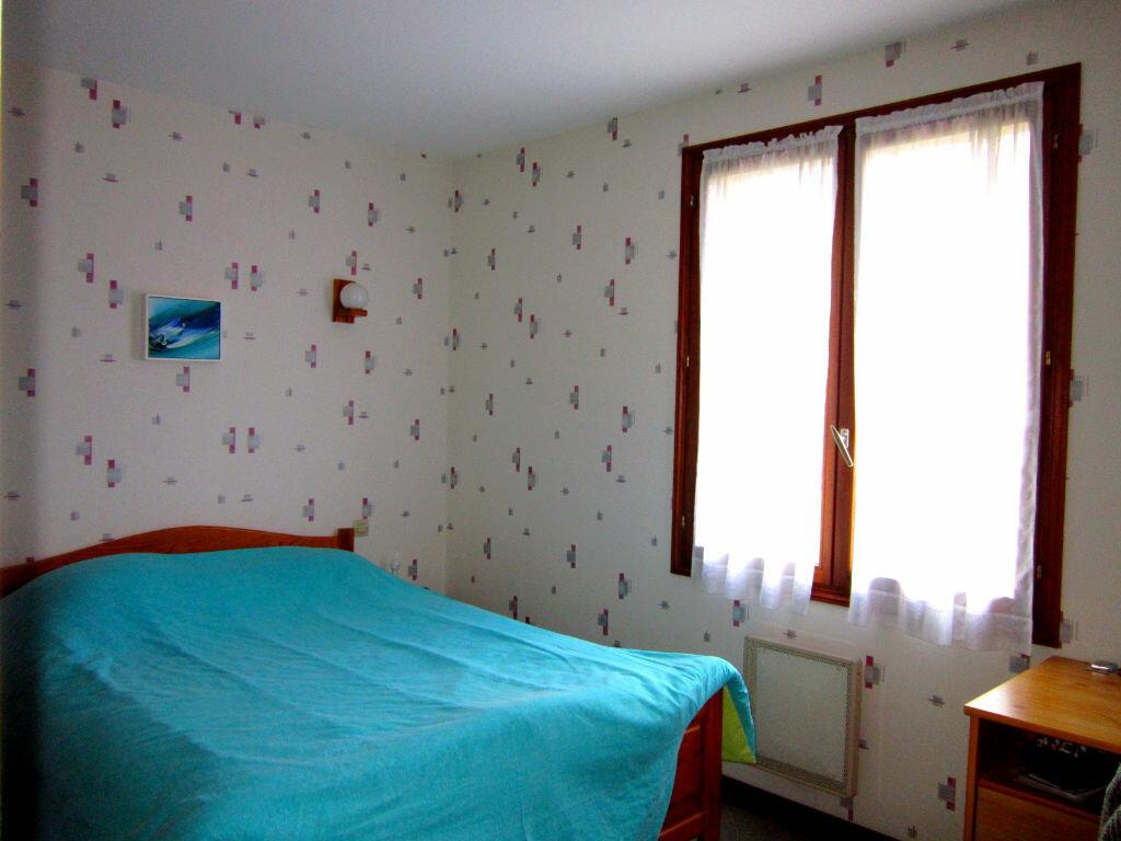 Achat Maison 5 pièces à Saint-Palais-sur-Mer - vignette-9