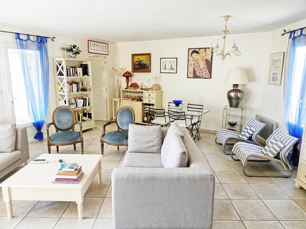 Achat Maison 7 pièces à Saint-Palais-sur-Mer - vignette-3
