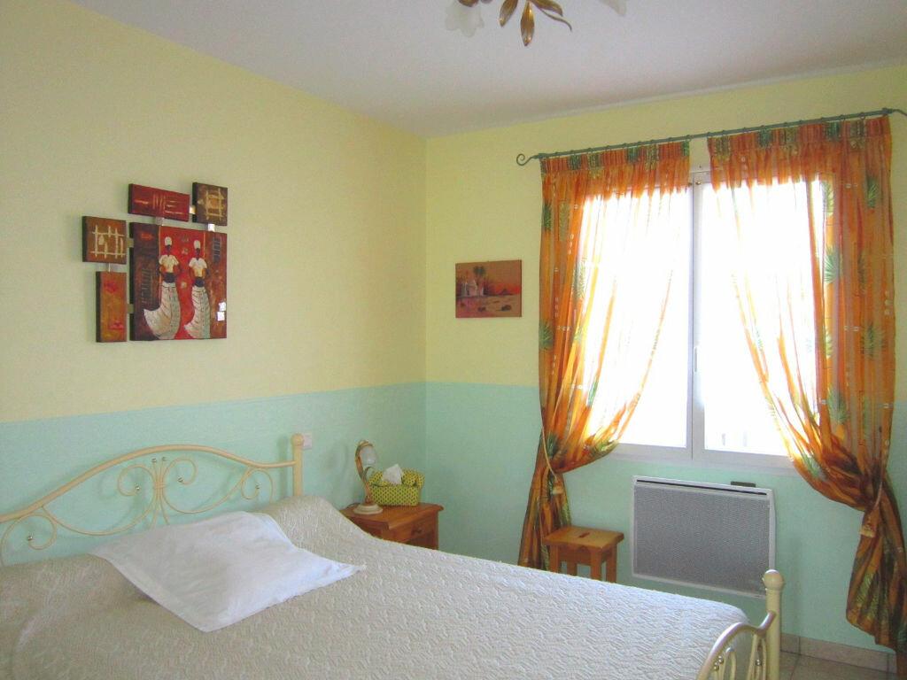 Achat Maison 4 pièces à Saint-Palais-sur-Mer - vignette-9