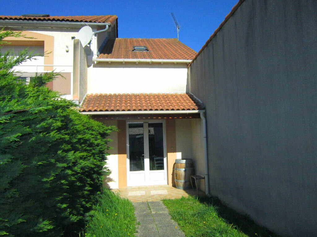 Achat Maison 4 pièces à Saint-Palais-sur-Mer - vignette-2