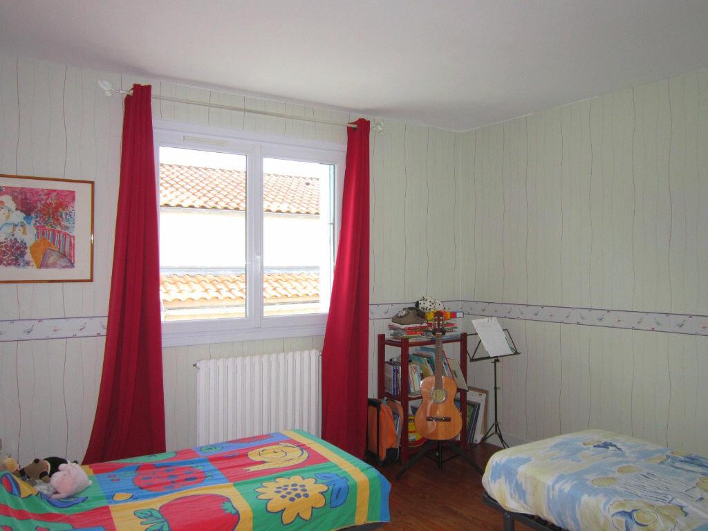 Achat Maison 7 pièces à Saint-Palais-sur-Mer - vignette-6