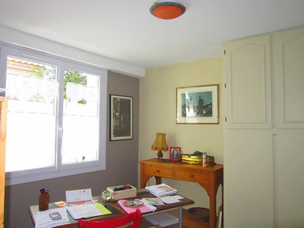 Achat Maison 7 pièces à Saint-Palais-sur-Mer - vignette-14