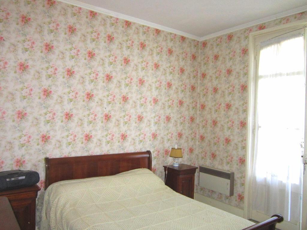 Achat Maison 6 pièces à Saint-Palais-sur-Mer - vignette-13