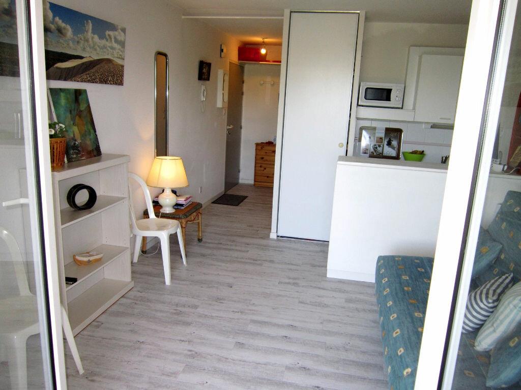 Achat Appartement 1 pièce à Vaux-sur-Mer - vignette-2