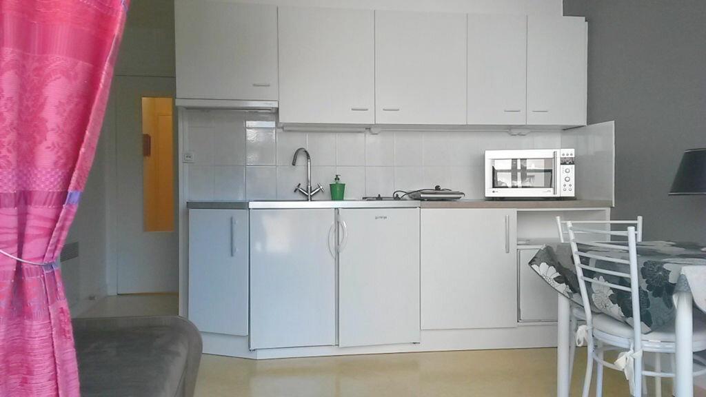 Achat Appartement 1 pièce à Vaux-sur-Mer - vignette-6