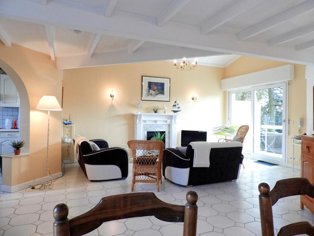 Achat Appartement 5 pièces à Saint-Palais-sur-Mer - vignette-1