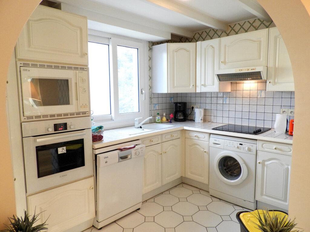 Achat Appartement 5 pièces à Saint-Palais-sur-Mer - vignette-8