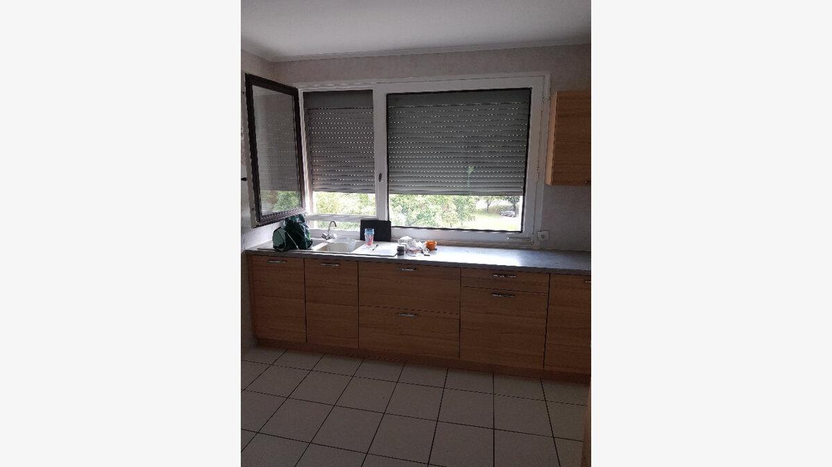 Achat Appartement 4 pièces à Bourg-en-Bresse - vignette-1