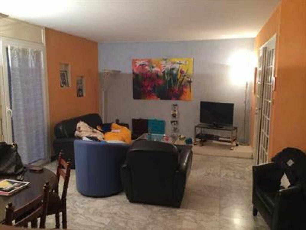Achat Appartement 5 pièces à Bourg-en-Bresse - vignette-1