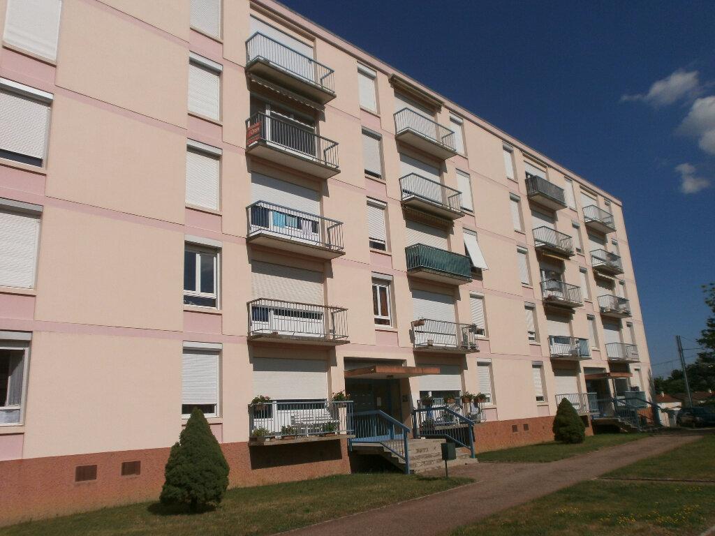 Achat Appartement 3 pièces à Bourg-en-Bresse - vignette-1