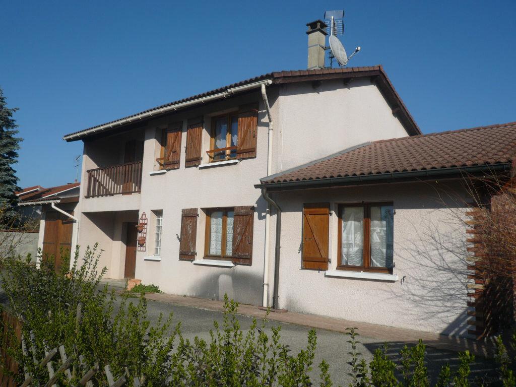 Achat Maison 8 pièces à Saint-Denis-lès-Bourg - vignette-1