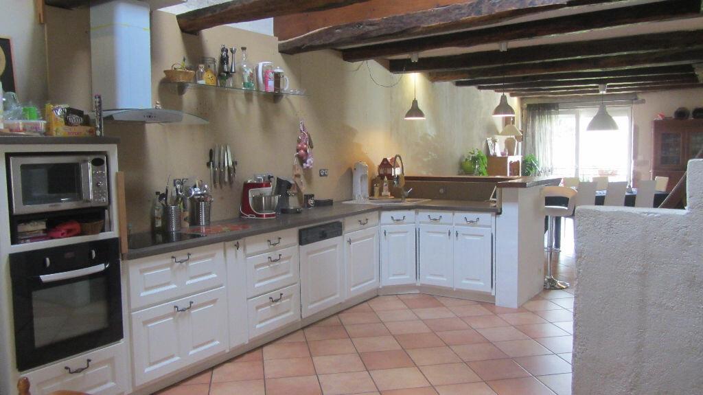 Achat Maison 5 pièces à Neuville-sur-Ain - vignette-4