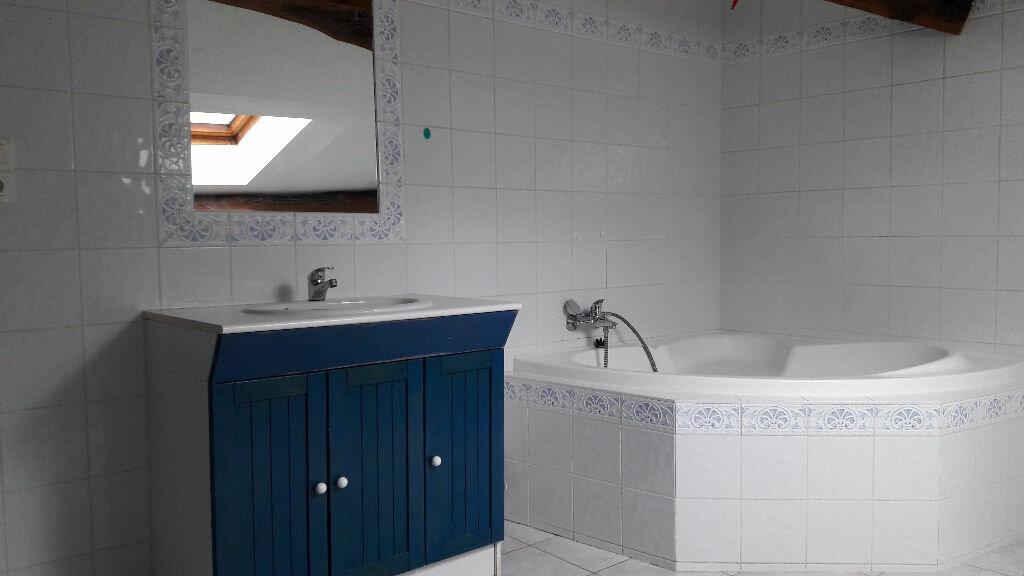 Achat Maison 5 pièces à Neuville-sur-Ain - vignette-5
