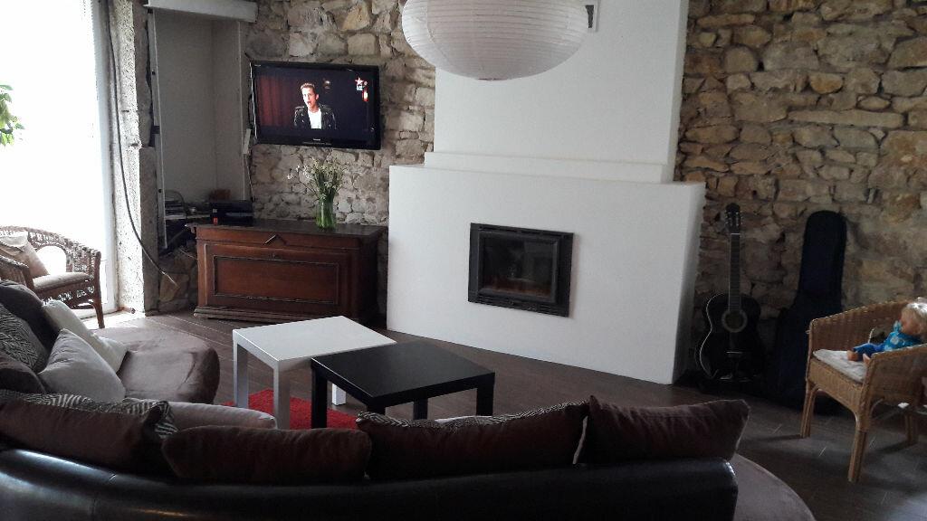 Achat Maison 5 pièces à Neuville-sur-Ain - vignette-7