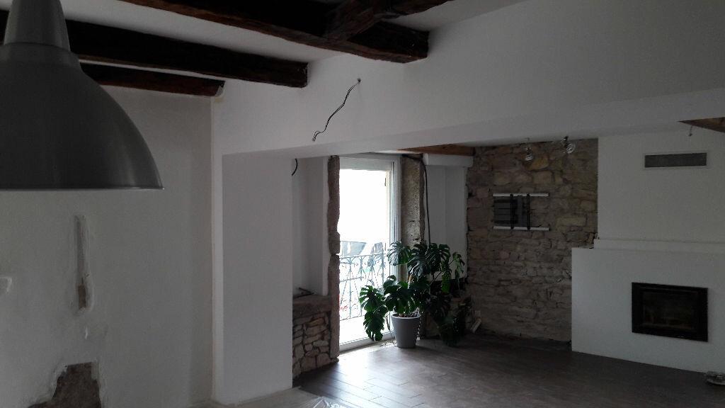 Achat Maison 5 pièces à Neuville-sur-Ain - vignette-8