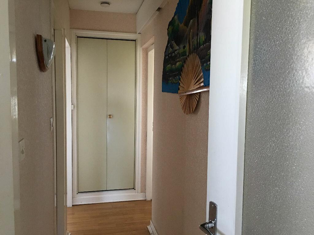 Achat Appartement 3 pièces à Bourg-en-Bresse - vignette-8