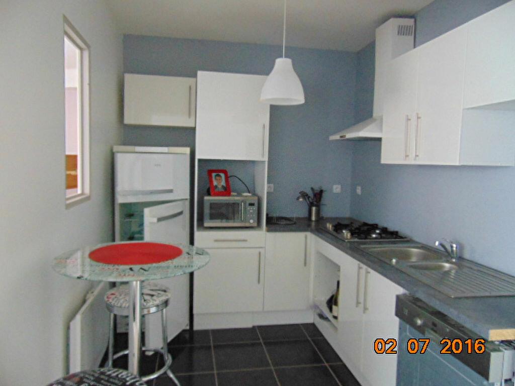 Achat Appartement 4 pièces à Brénod - vignette-1