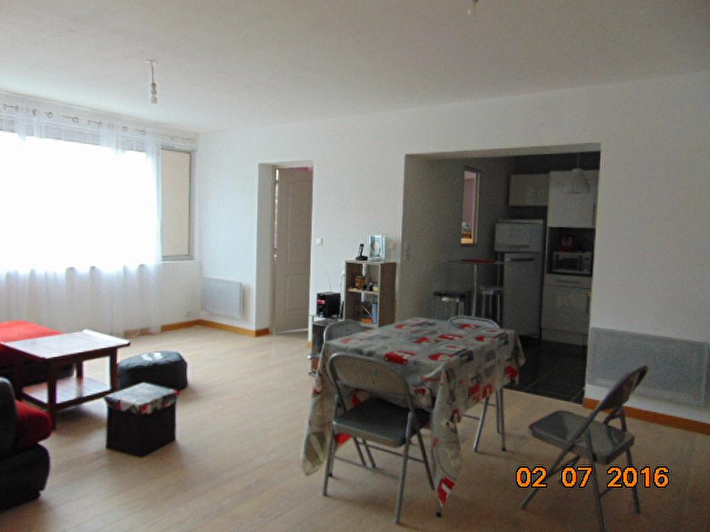Achat Appartement 4 pièces à Brénod - vignette-3