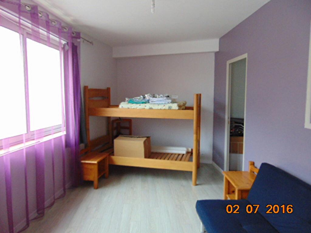 Achat Appartement 4 pièces à Brénod - vignette-4