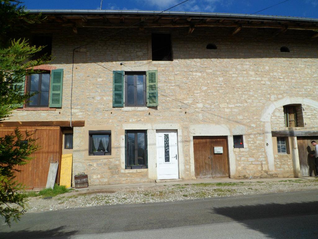 Achat Maison 5 pièces à Serrières-sur-Ain - vignette-1