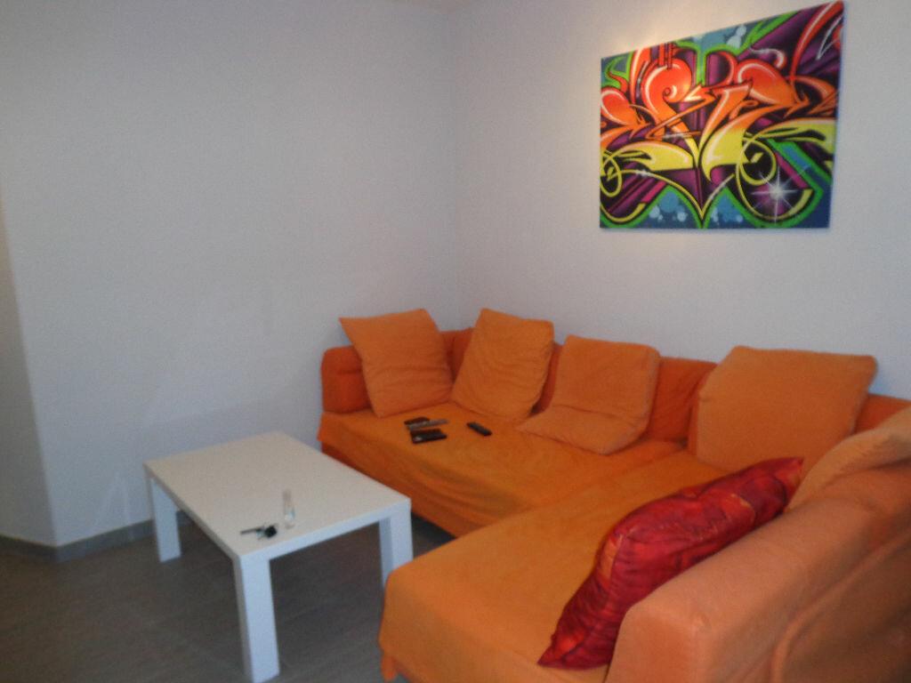 Achat Appartement 2 pièces à Saint-Denis-lès-Bourg - vignette-1