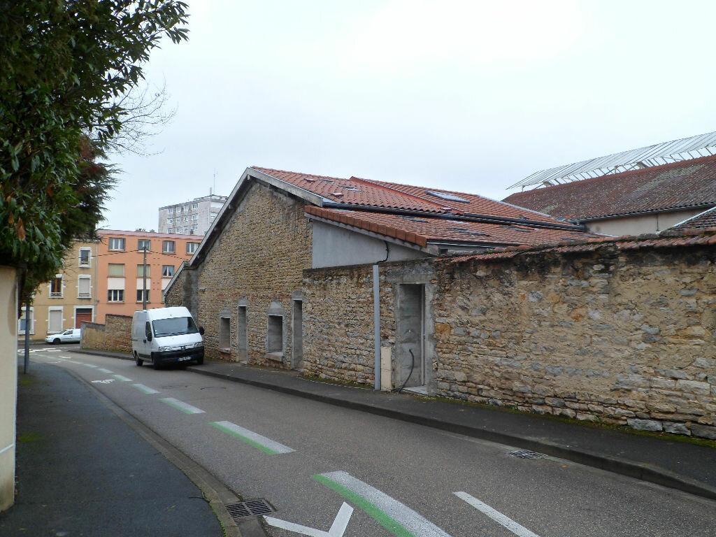 Achat Immeuble  à Bourg-en-Bresse - vignette-1