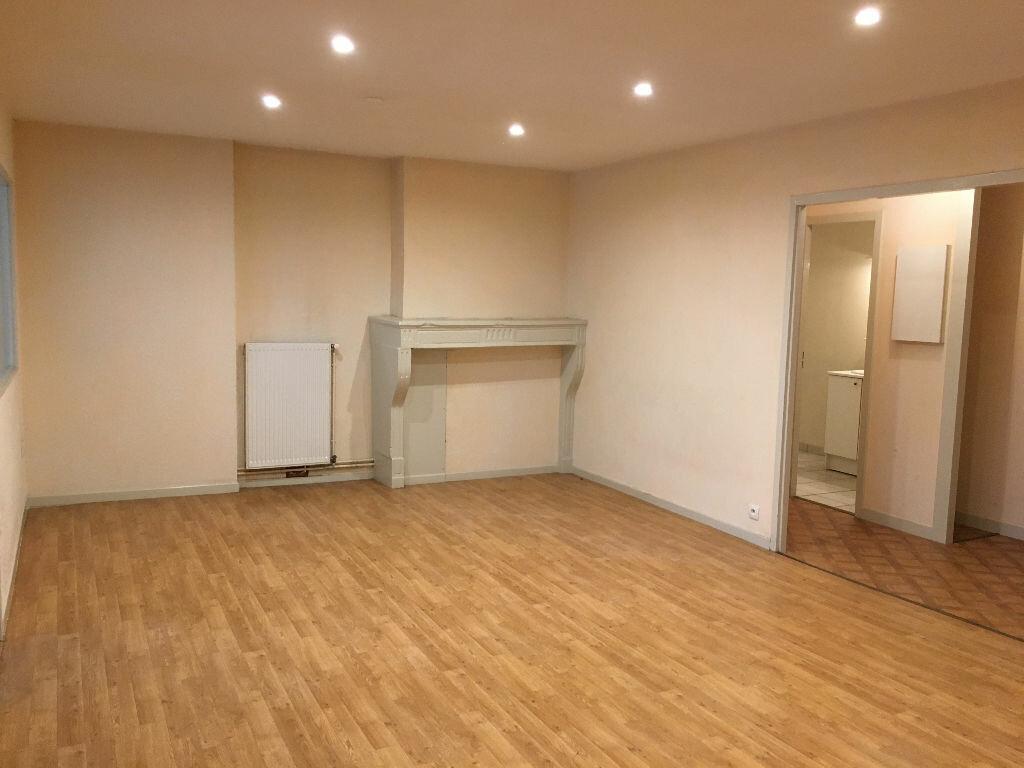 Achat Appartement 3 pièces à Dole - vignette-4