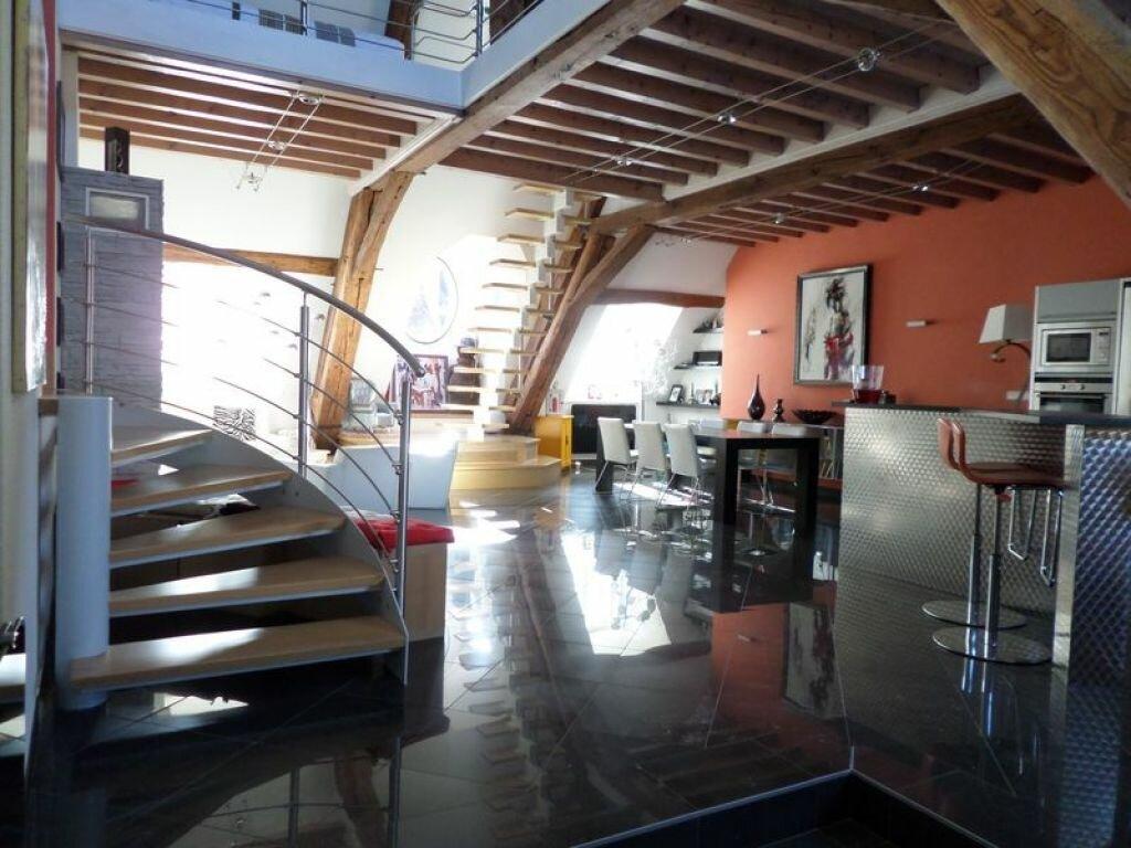 Achat Appartement 7 pièces à Dole - vignette-2
