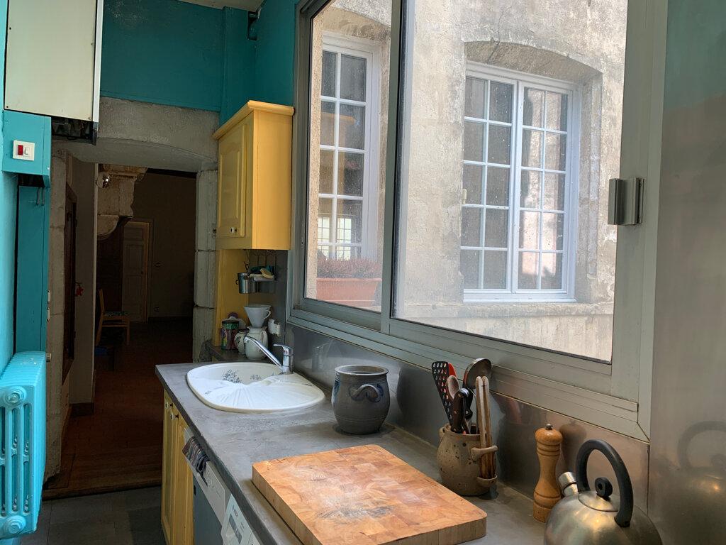 Achat Appartement 4 pièces à Dole - vignette-4