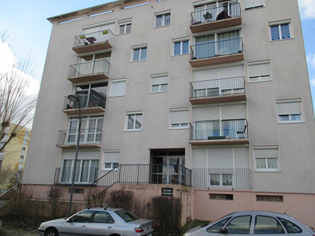 Location Appartement 4 pièces à Chevigny-Saint-Sauveur - vignette-1