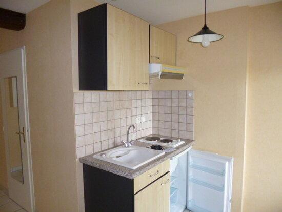 Location Appartement 1 pièce à Dijon - vignette-2