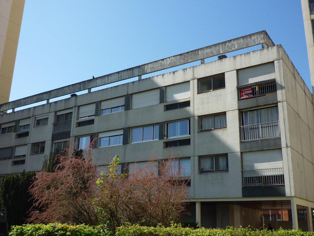 Achat Appartement 5 pièces à Dijon - vignette-1