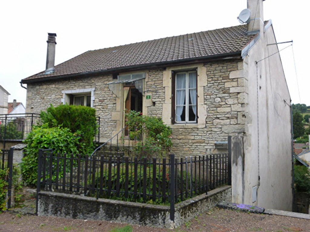 Achat Maison 5 pièces à Saint-Seine-l'Abbaye - vignette-1