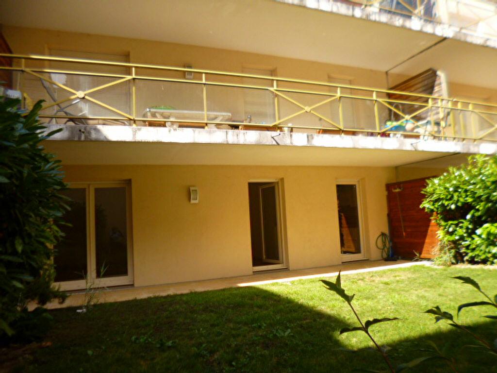 Location Appartement 4 pièces à Dijon - vignette-1