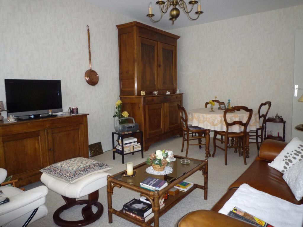 Achat Appartement 2 pièces à Dijon - vignette-3