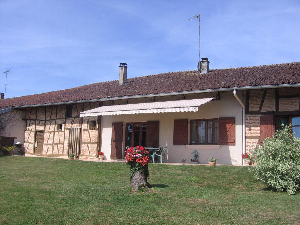 Achat Maison 5 pièces à Curciat-Dongalon - vignette-1