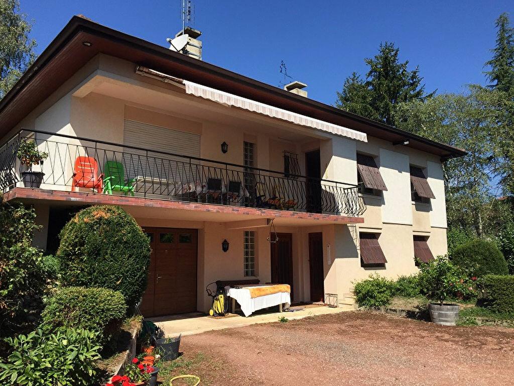 Achat Maison 9 pièces à Montrevel-en-Bresse - vignette-1