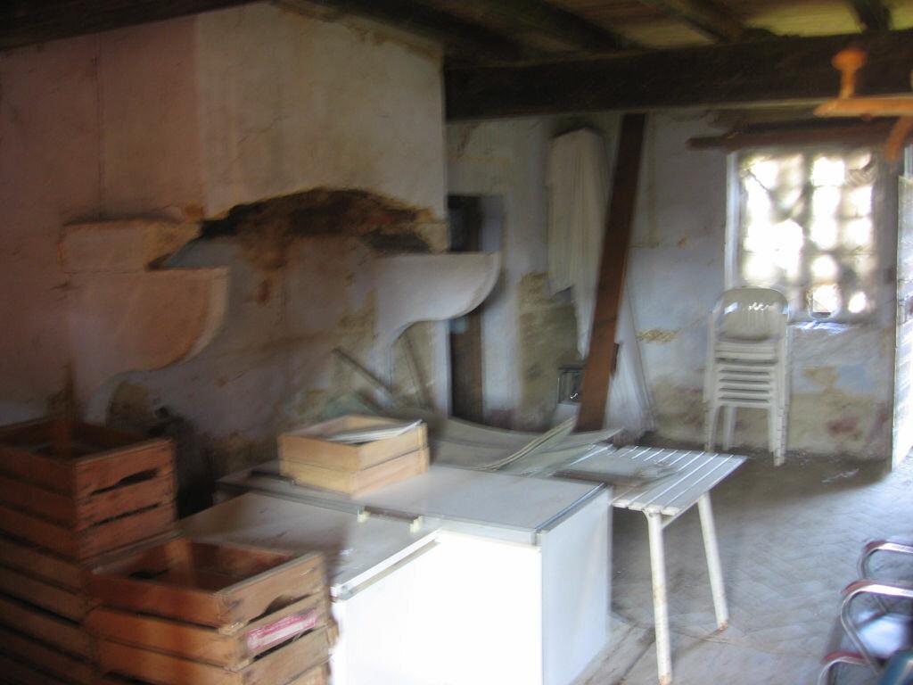 Achat Maison 4 pièces à Saint-Nizier-le-Bouchoux - vignette-5