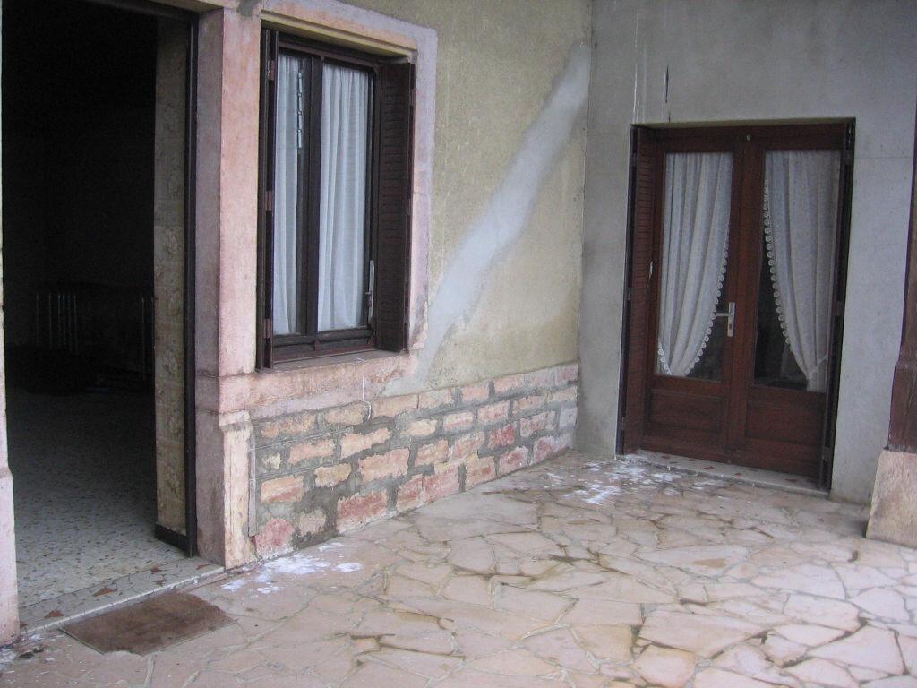 Achat Maison 3 pièces à Saint-Nizier-le-Bouchoux - vignette-5