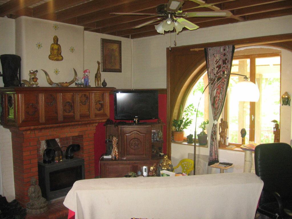 Achat Maison 4 pièces à Saint-Trivier-de-Courtes - vignette-8
