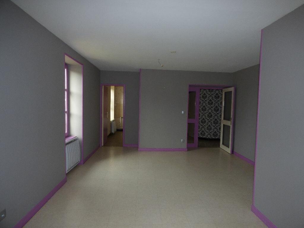 Achat Appartement 5 pièces à Saint-Germain-du-Plain - vignette-1