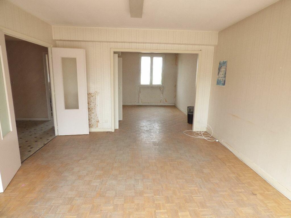Achat Appartement 3 pièces à Pierre-de-Bresse - vignette-1