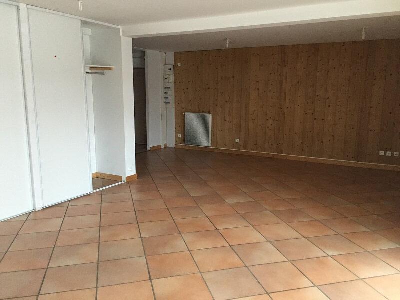 Location Appartement 5 pièces à Brénod - vignette-1