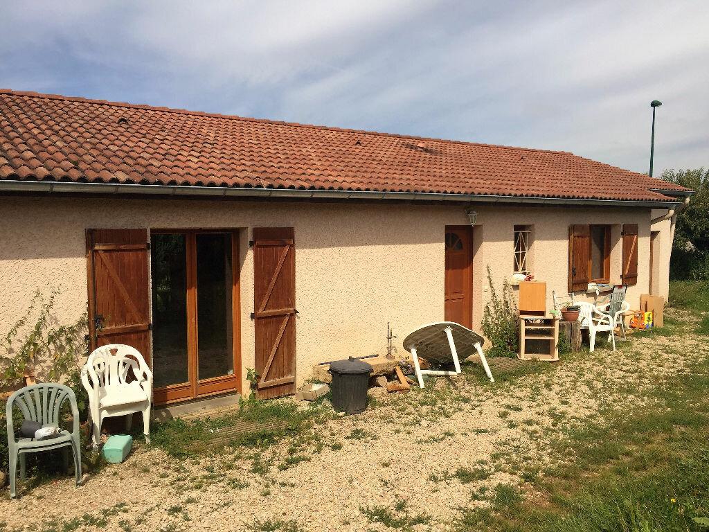 Achat Maison 4 pièces à Bâgé-la-Ville - vignette-1