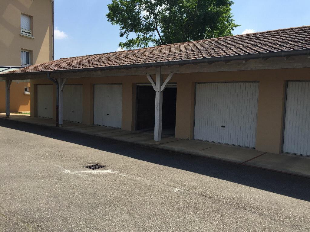 Achat Appartement 4 pièces à Montrevel-en-Bresse - vignette-3