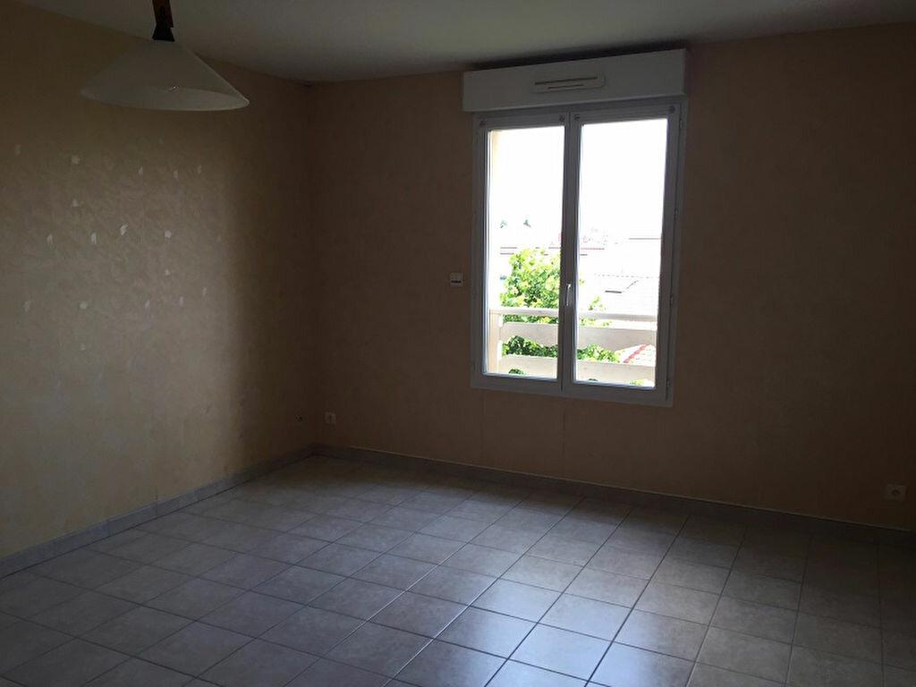 Achat Appartement 4 pièces à Montrevel-en-Bresse - vignette-4